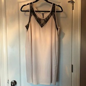 Lulu's Black Lace Ivory Cream Lined Slip Dress L